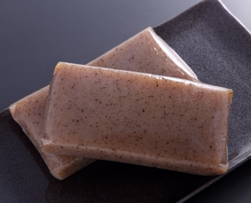 konnyaku (firm jelly made of konjac)